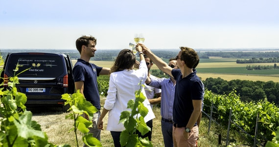 Champagne tasting weekend - credits Vine Escape