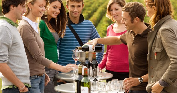 Wine Club Tours © Deepix
