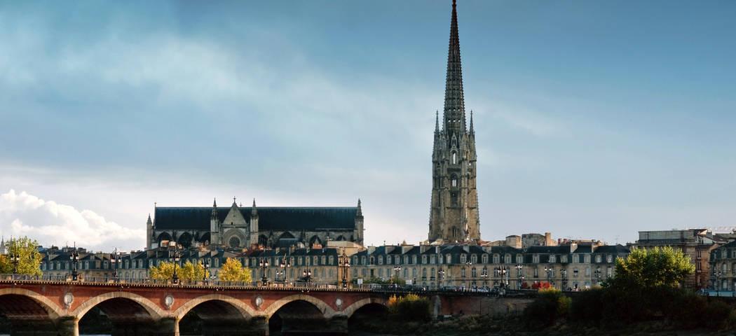 Bordeaux travel © Bordeaux River Cruise