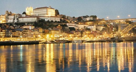 Porto - Credits Adeturn