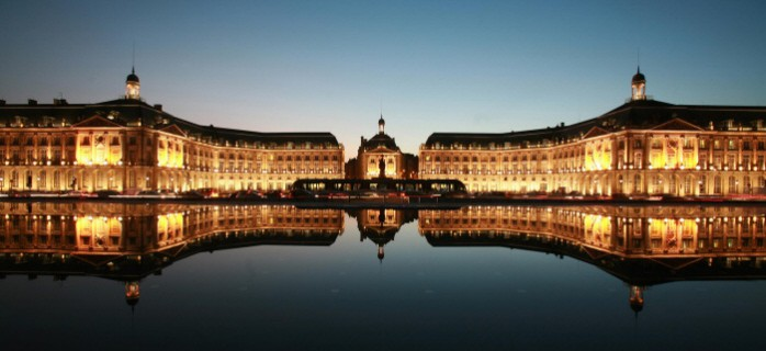 Place de la Bourse Bordeaux Wine Tour - T Sanson