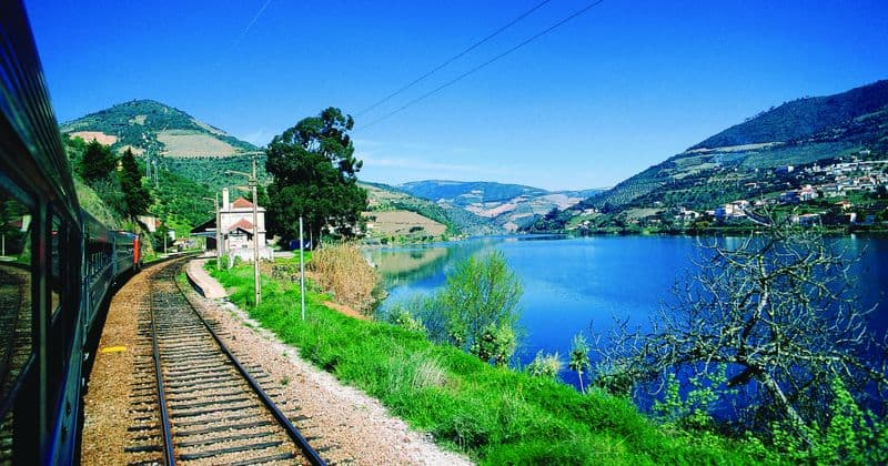 Port Tasting in Porto - Credits Douro Railway