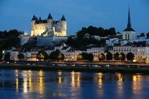 Saumur by night - -® JS. Evrard 2014