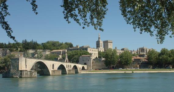 Rhone wine tour © Ville d'Avignon JP Campomar