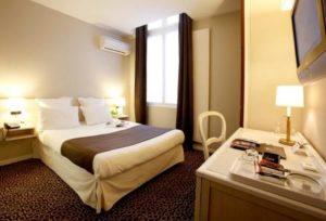 Grand Hotel Francais- room