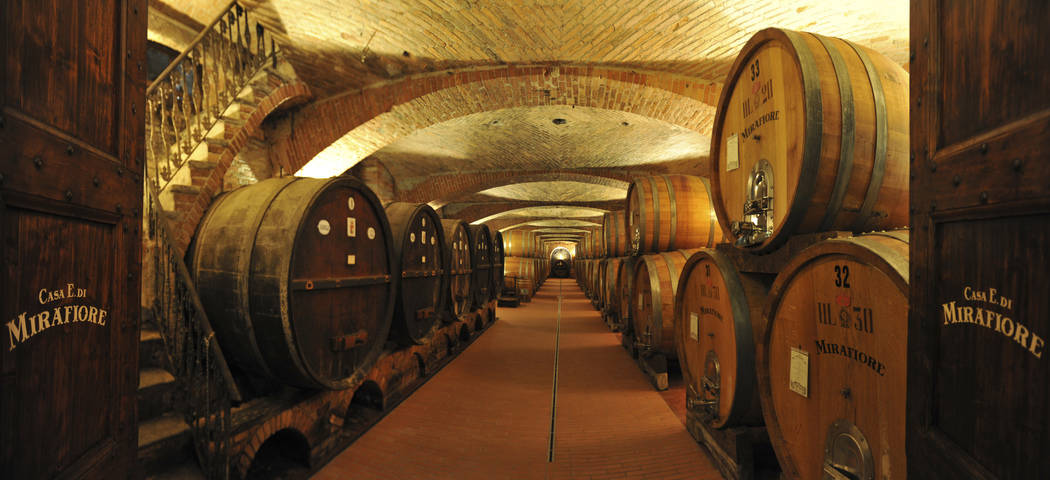Piedmont wine tours - Credits CANTINA MIRAFIORE