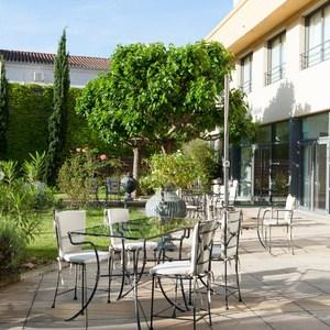 avignon-grand-hotel-jardin