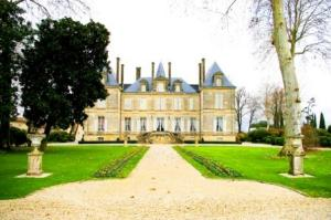 Medoc Wine Tour - Credits H.Sion CDT Gironde