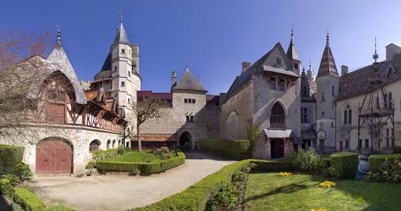 Burgundy wine tour Credits - Beaune Tourisme ©Michel Baudouin