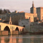 C01-02_QUADRI CMJN 300 DPIPont_Avignon_Palais_papes©D_LEFRANC_coll-cdt84