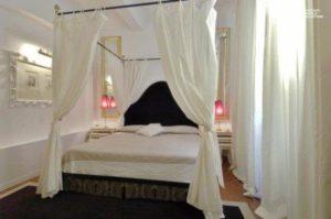 Hotel cellai room 2