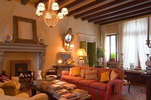 Villa Abbazia Inside