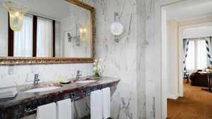 Westin Europa & Regina Suite Bathroom