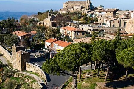 Wine tour Booking Montalcino- Credits My Tour