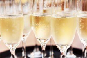 champagne-weekends-shutterstock_282775499