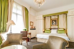 hotel-napoleon-3215-avenue-junior-suite-chateauxethotelscollection