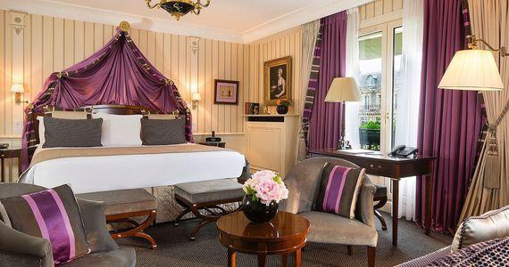 Luxury wine tours - Credits Hotel Napoleon Junior Suite