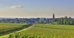 Wine and Spa saint-emilion_view-from-mondot-credits-office-de-tourisme-saint-emilion-and-steve-leclech