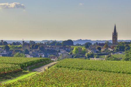 saint-emilion_view-from-mondot-credits-office-de-tourisme-saint-emilion-and-steve-leclech