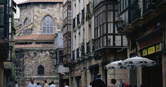 Bilbao-Bilbo-Calle Correo ©Turespaña