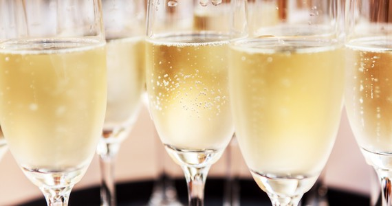 Champagne tour credits Shutterstock